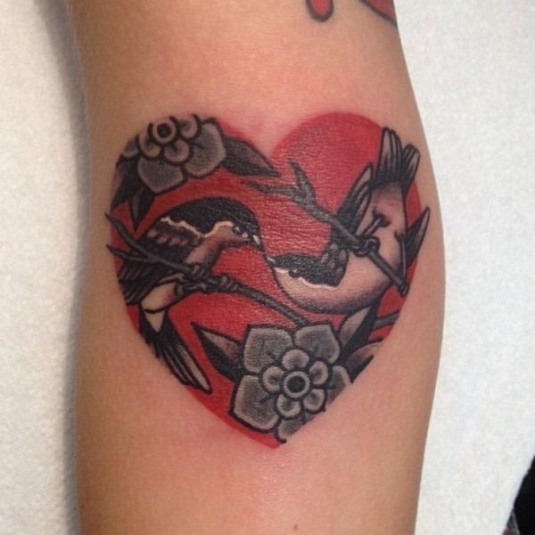 pssaros_do_amor_e_do_coraço_de_tatuagem