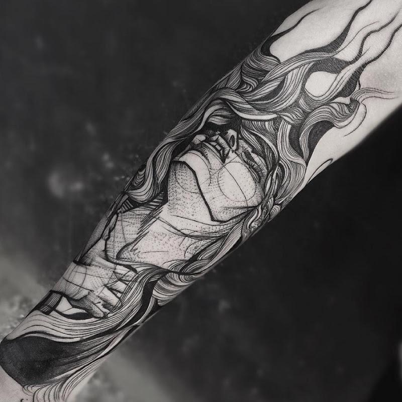 esta_mulher_incrvel_esboço_estilo_de_tatuagem