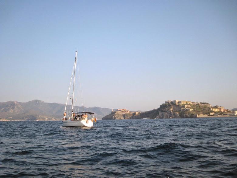 Sailing to Portoferraio