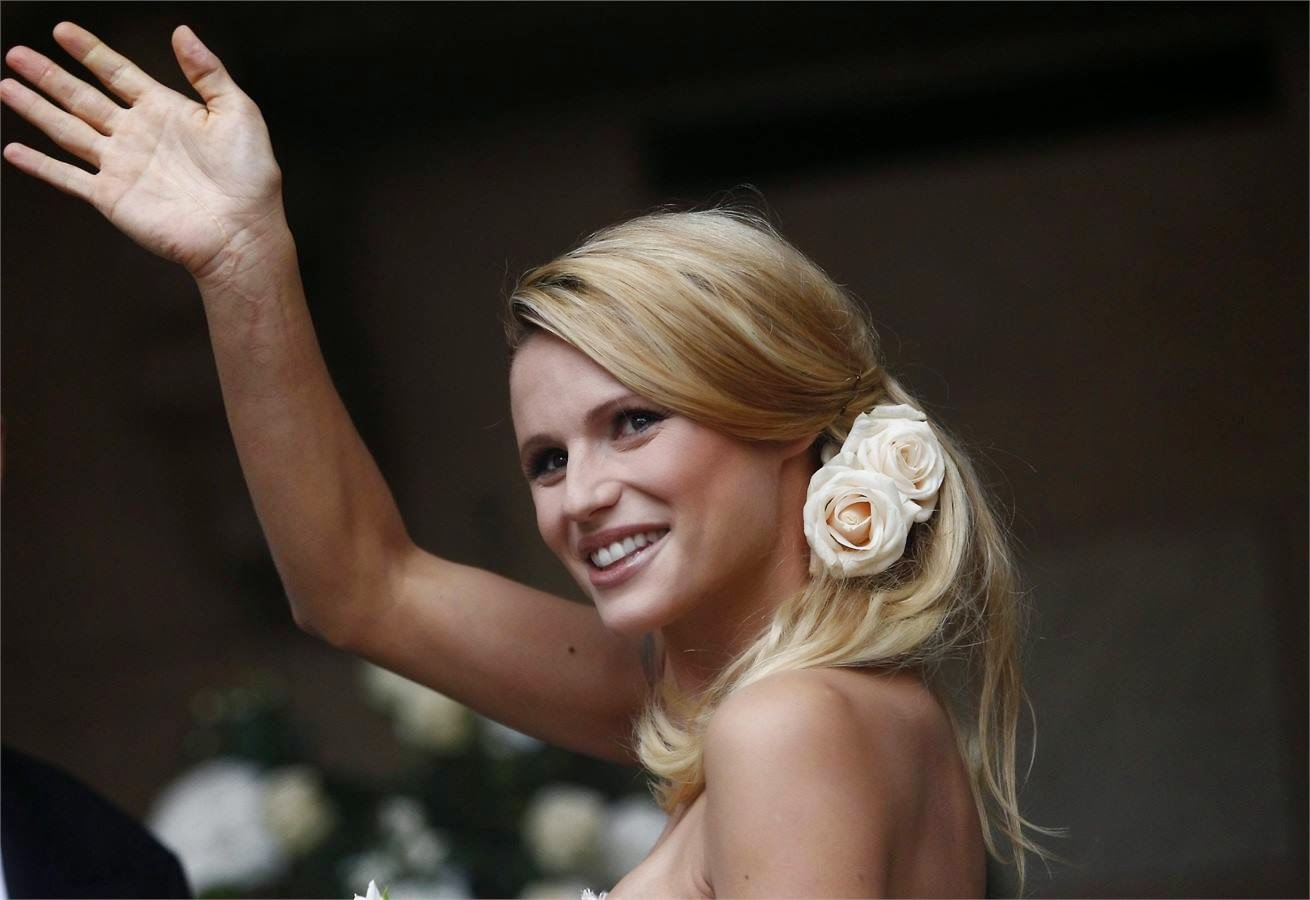acconciature morbide sposa - Acconciatura Sposa Morbida immagini YouTube 2a8f9d66feae
