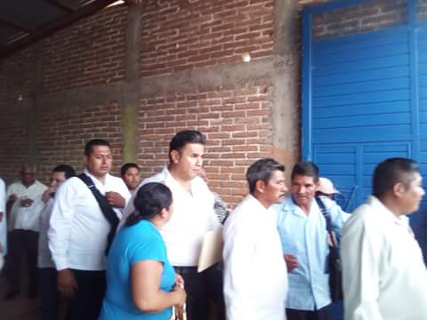 El Gobernador interino Willi Ochoa Gallegos arribo