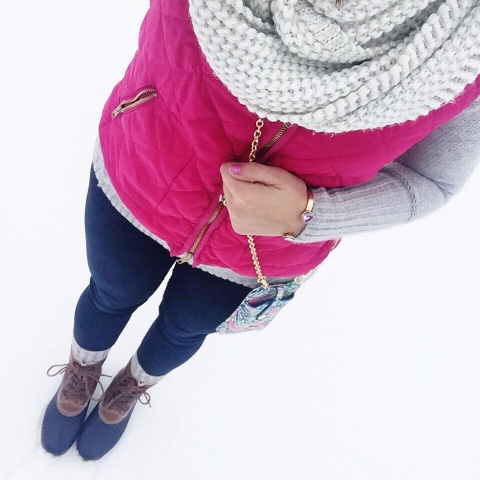 pink quilted vest, how to wear duck boots