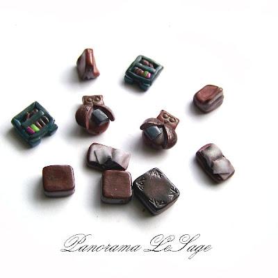 Książki kolczyki z masy polimerowej fimo modeliny sowy regał z książkami Panorama LeSage