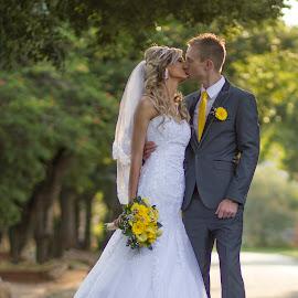 by Gawie van der Walt - Wedding Bride & Groom (  )