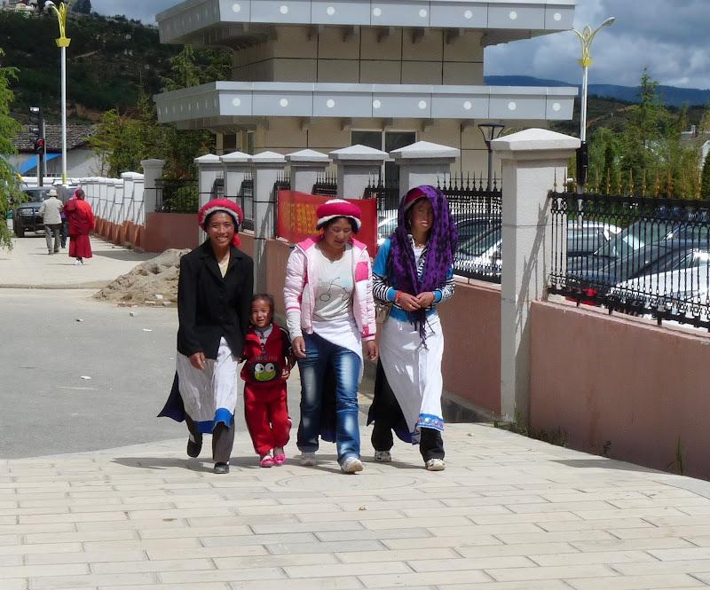 Chine. Yunnan.Shangri la Course hippique annuelle - P1250779.JPG