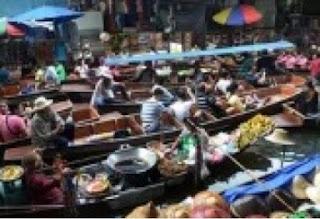 keunikan pasar terapung banjarmasin