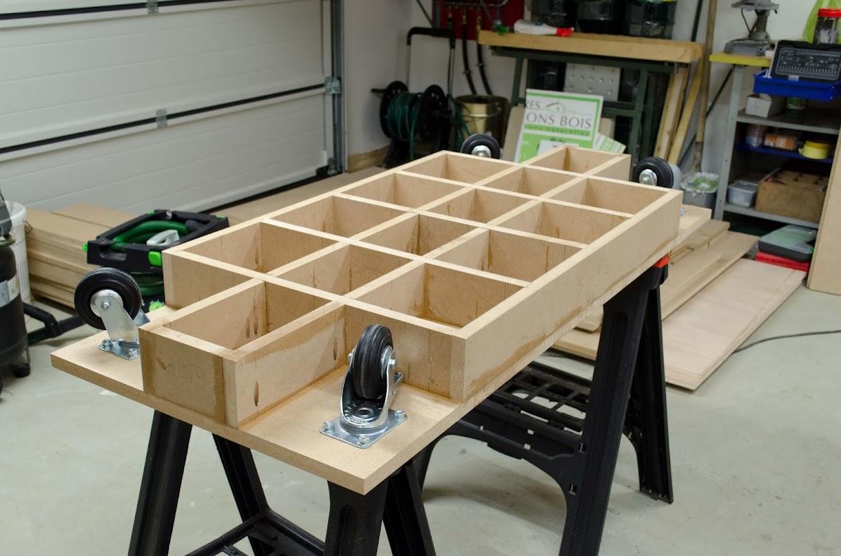 Table d'assemblage + porte systainer DIY [Terminé] - Page 2 _DSC2130