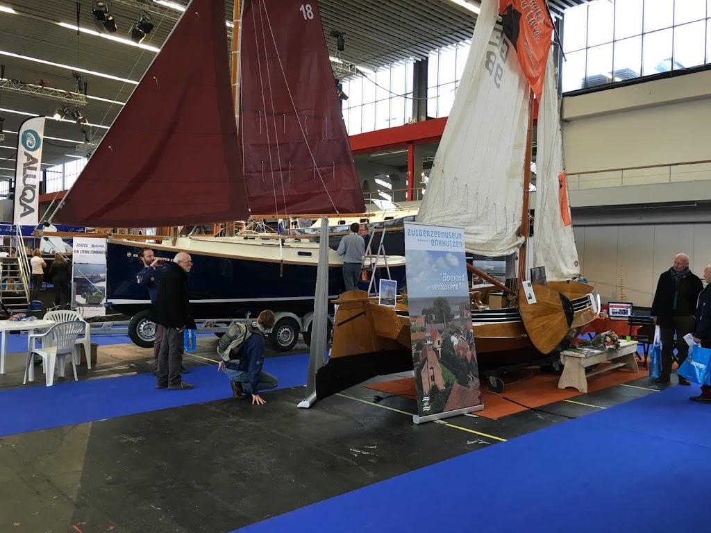 Het is niet enkel polyesther en aluminium ... er zijn ook nog boten van hout