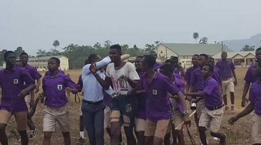 Man Land in Trouble For Taking Nud3 images of Secondary School Female Students Bathing (Photo)