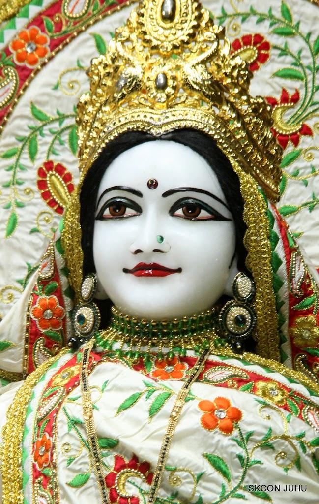 ISKCON Juhu Mangal Deity Darshan on 28th June 2016 (3)