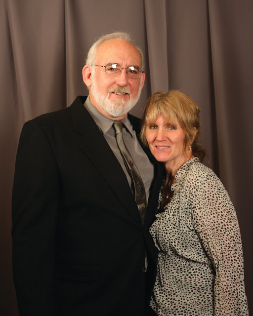2010 Commodores Ball Portraits - Couple2A.jpg