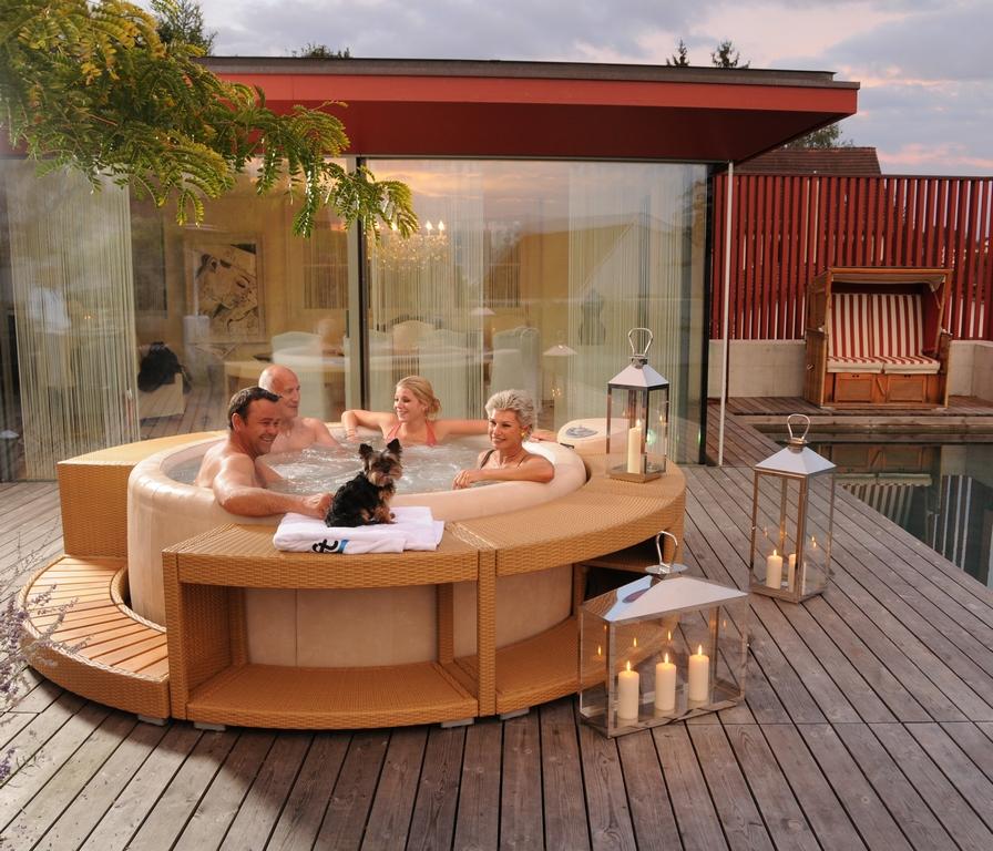 Terrasse Ideen Mit Whirlpool Ansprechend Auf Kreative Deko On
