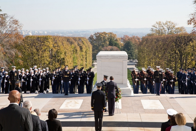 President Barack Obama places a wreath at the Tomb of the Unknowns at Arlington National Cemetery in Arlington, Va., in honor of Veterans Day, Nov. 11, 2012. (Official White House Photo by Pete Souza)