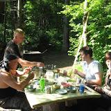 Petit-déjeûner dans la taîga ; Monts Livadyiskyi, Oussouri. Photo : Yuri Berezhnoi