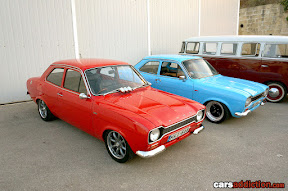 Red and Blue Mk1 Escort