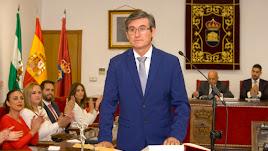 Cortés jura su cargo y se compromete con todos los vecinos y vecinas sin distinción.