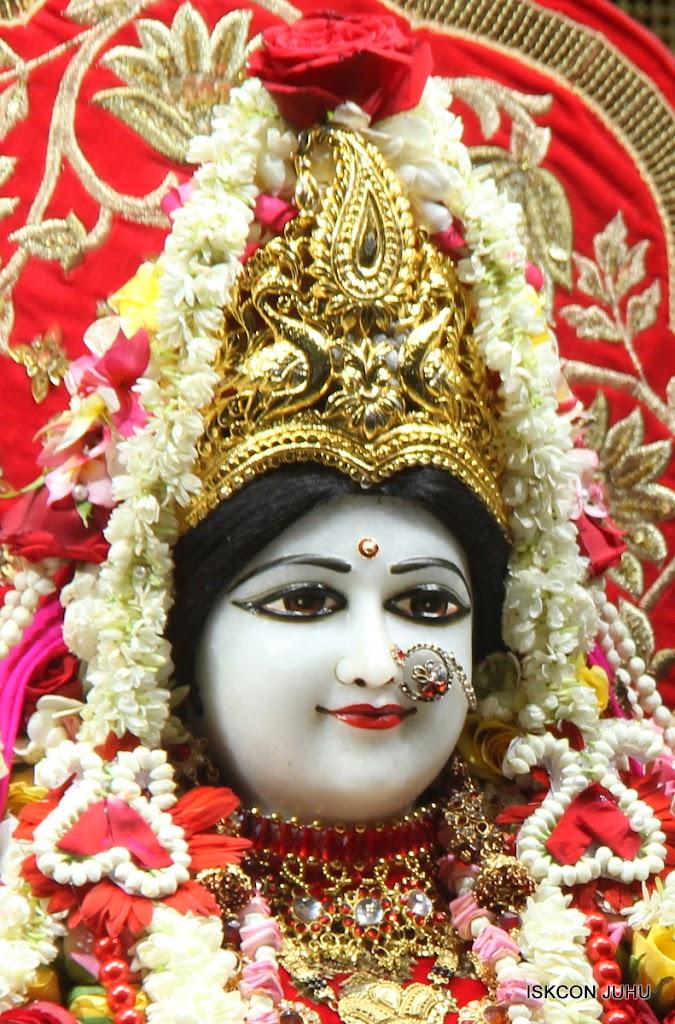 ISKCON Juhu Sringar Deity Darshan on 28th June 2016 (19)