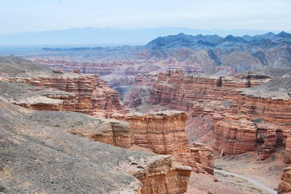 charyn-canyon-1