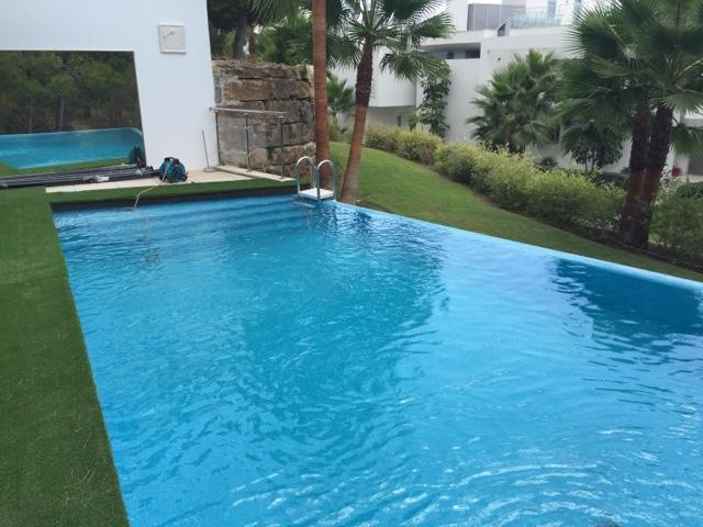alba piscinas com piscina infinity