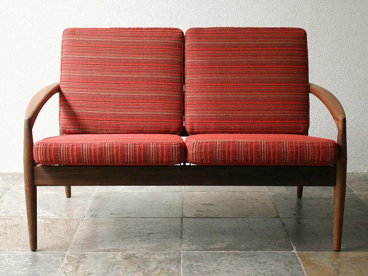 北欧名作椅子:/Paper knife Sofa 3 Seater上角アップ