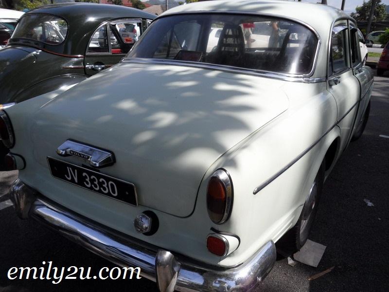 classic Volvo 121