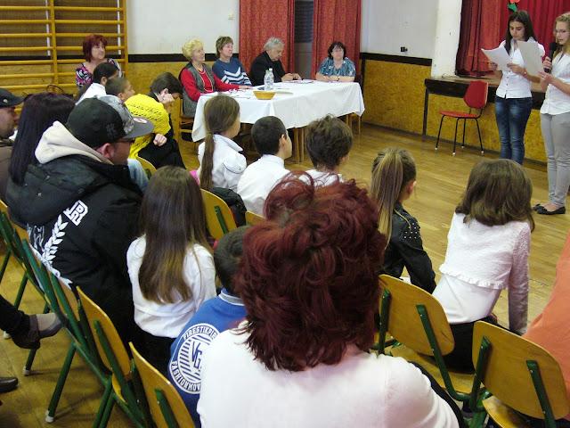 TÁMOP-3.2.13-12/1-2012-0380 KULTURKOHÓ - szaval%25C3%25B3verseny.JPG