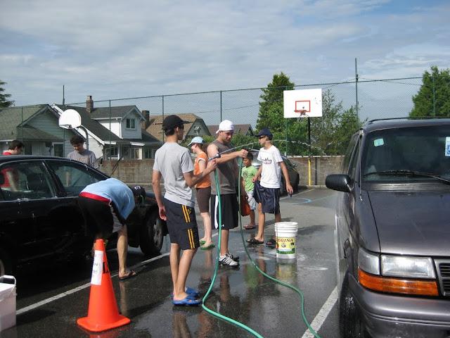 Altar Servers Car Wash 2011 - IMG_5844.jpg