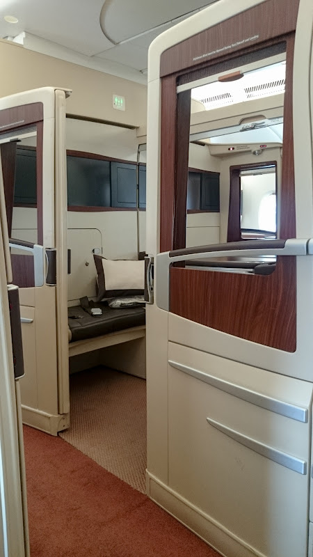 SIN%252520PVG 24 - REVIEW - Singapore Airlines : Suites - Singapore to Shanghai (A380)