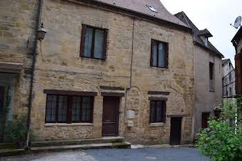 Maison 14 pièces 250 m2