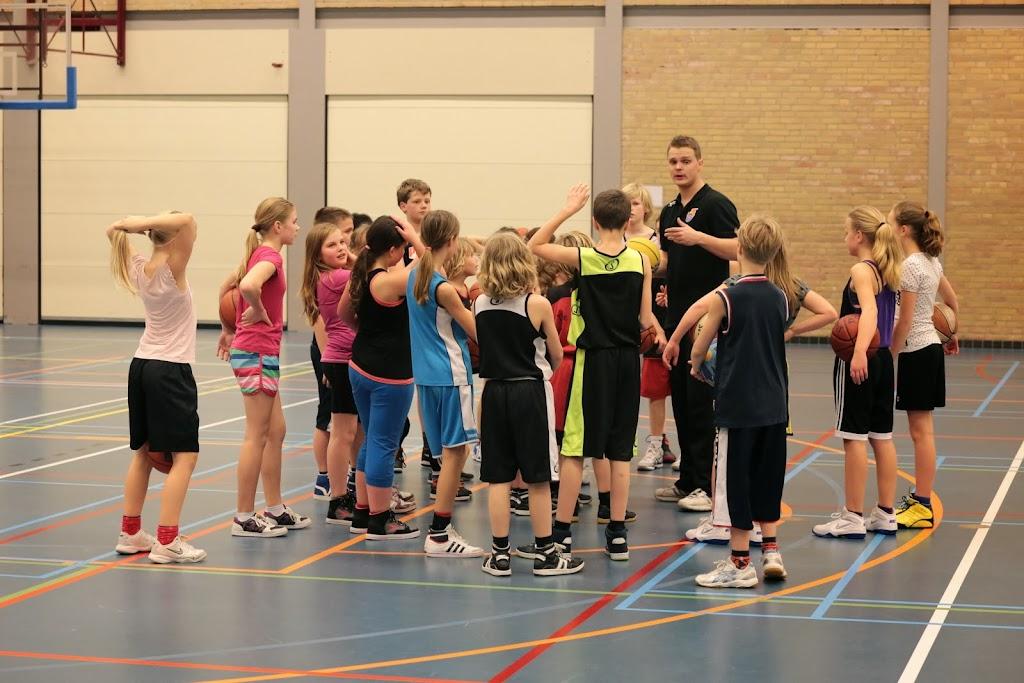 Basketbal clinic 2014 - Mix%2Btoernooi%2B14.jpg