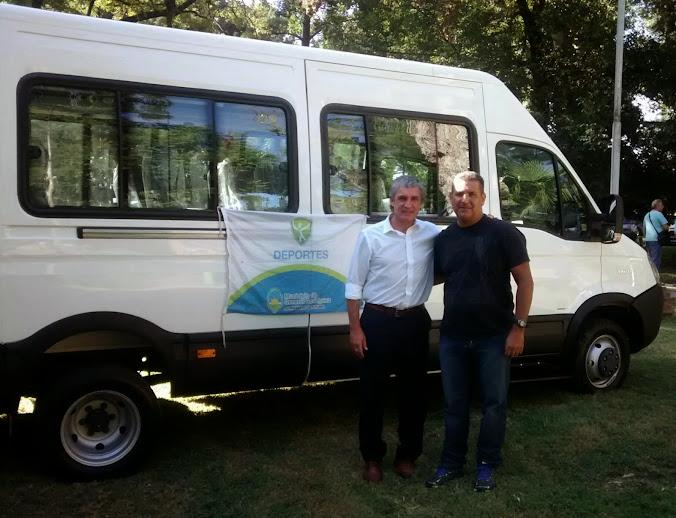 El municipio adquirió una camioneta para trasladar discapacitados a hacer deporte