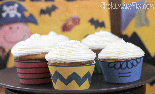 Charlie brown cupcake wrappers