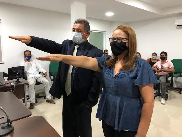 Zé Pereira e Mersas são empossados para a vaga de vereadores titulares na Câmara Municipal