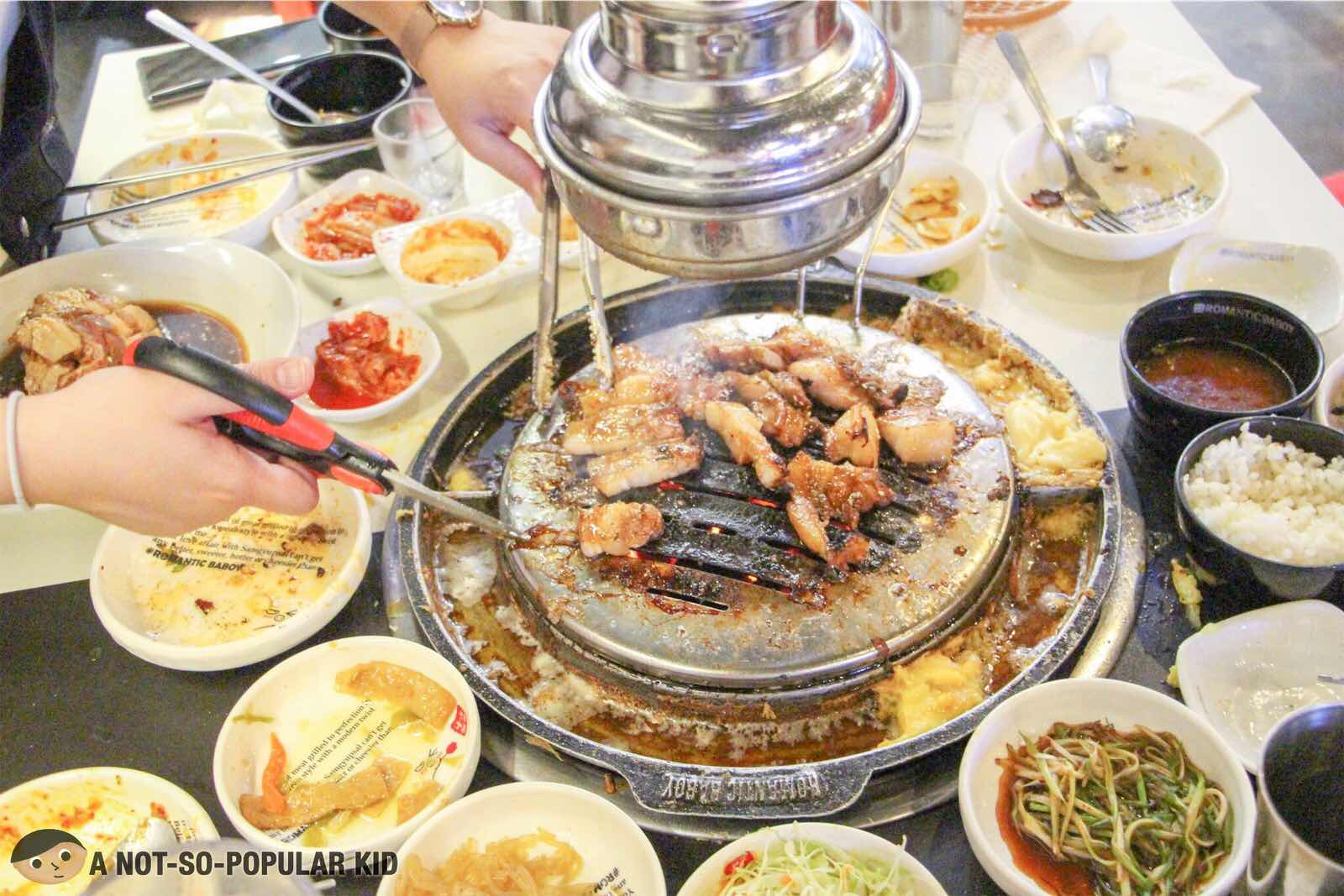 Sloppier the better in Romantic Baboy's Unlimited BBQ