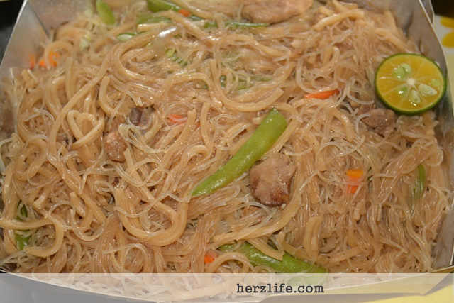 Starving and Craving for Pancit