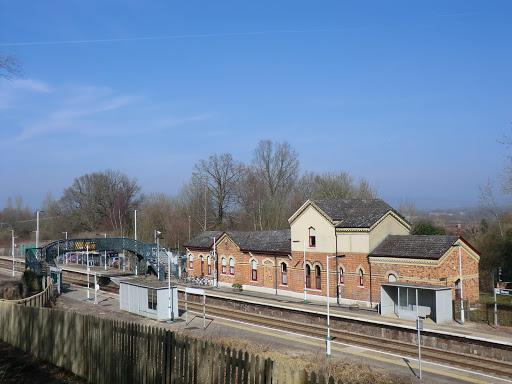 CIMG5777 Hever station