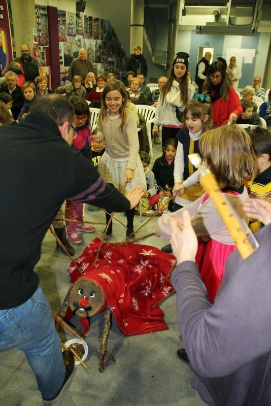 Nadales i Tronc de nadal al local  20-12-14 - IMG_7820.JPG