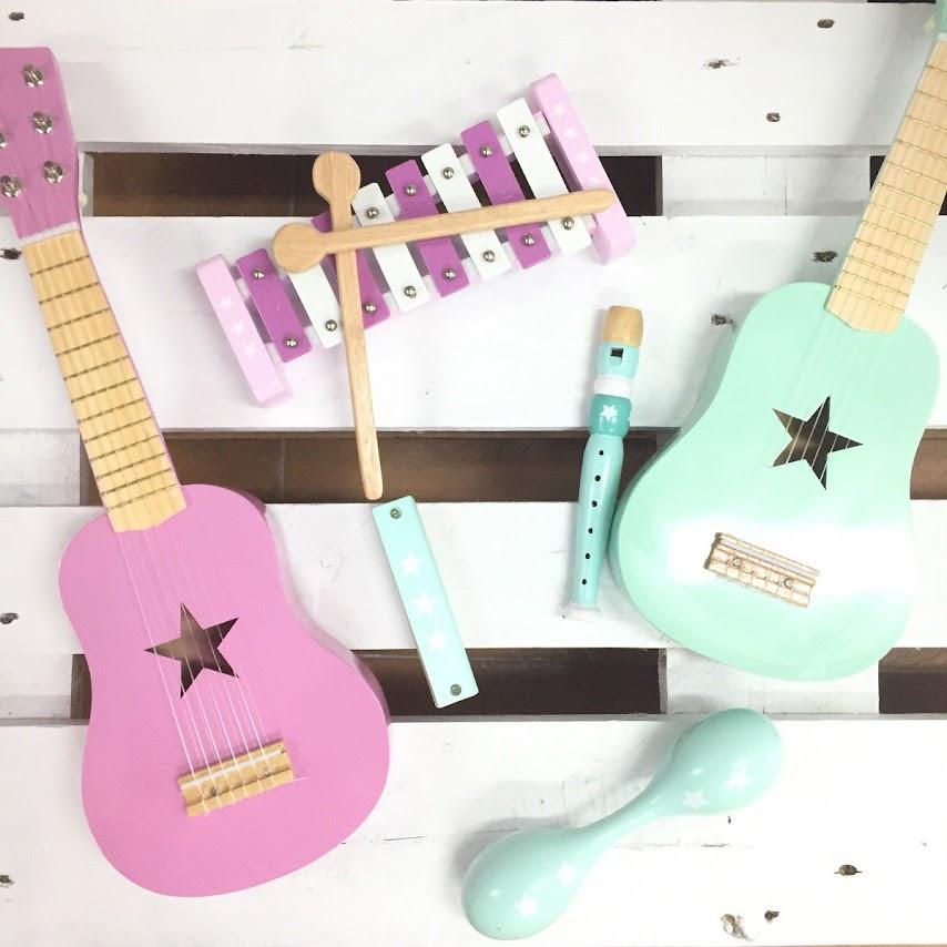 Instrumentos musicales de madera para niños