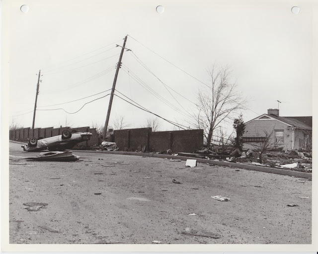 1976 Tornado photos collection - 97.tif