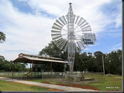 180315 062 Jerilderie Steel Wings Windmill