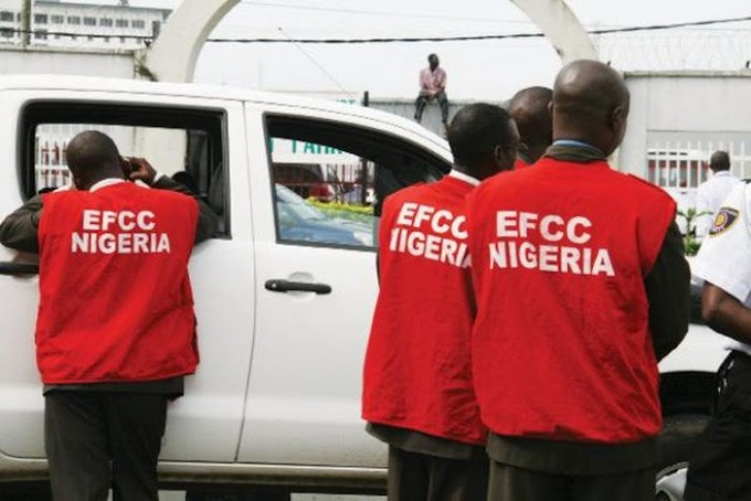 CAUGHT!! EFCC Bust 3 YAHOO BOYS In Ibadan (See What Happened Next)