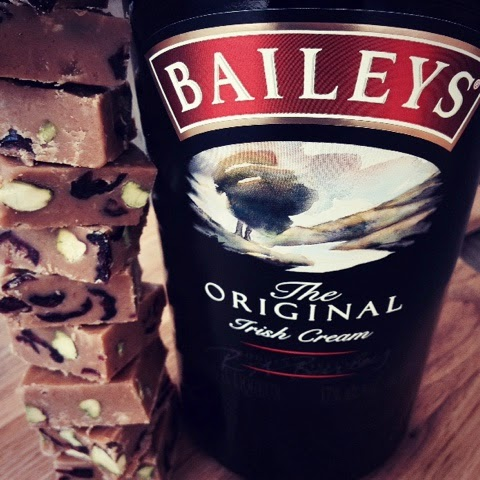 Baileys, Pistachio and Cranberry Fudge Recipe