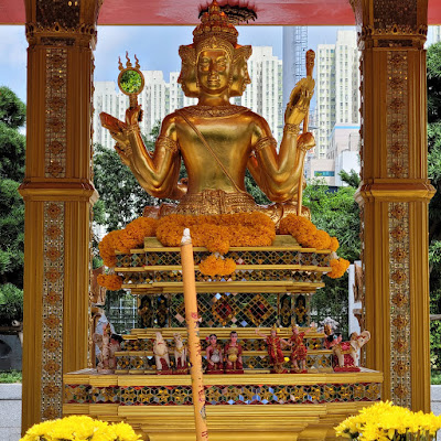 Four-Headed Buddha Shrine (4) ©LeDomduVin 2020
