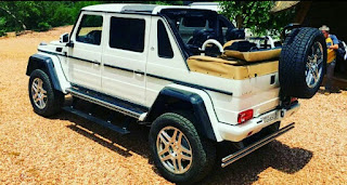 Mercedes-Benz Maybach G650 Landaulet G-Wagon