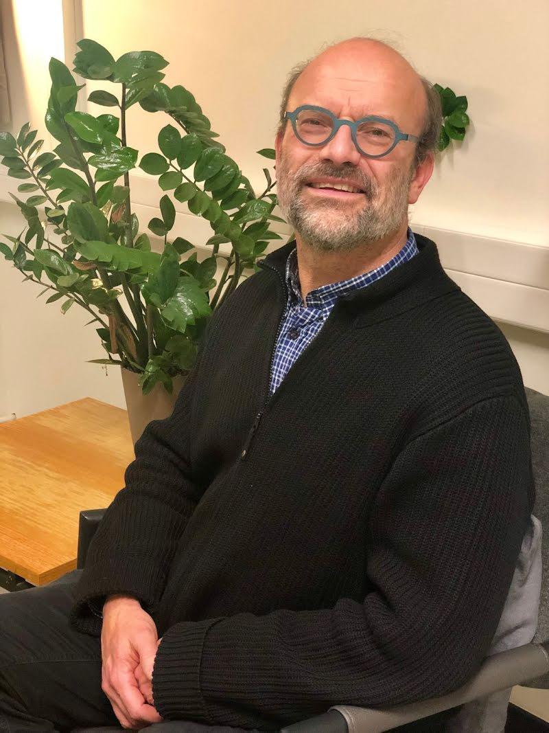 Peter Theuns