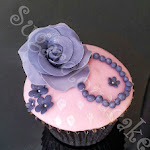 Lilac cupcake.jpg