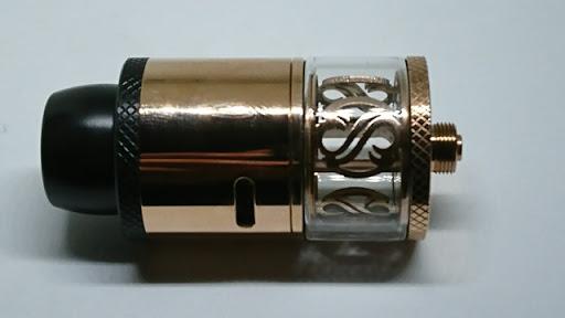 DSC 2951 thumb%255B2%255D - 【RDTA】「AUGVAPE Merlin RDTA」レビュー。あのマーリンの名を継ぐエングレービングの美しさとメタリック感ボディのRDTA!ヘビードローで美味しい ※追記あり【VAPE/電子タバコ/爆煙/アトマイザー】