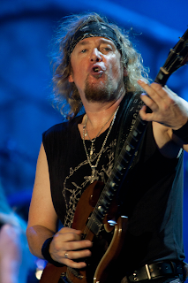 Adrian Smith Net Worth, Income, Salary, Earnings, Biography, How much money make?