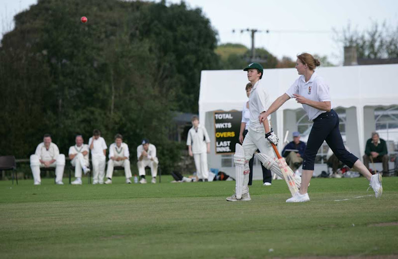 Cricket-Ladies8
