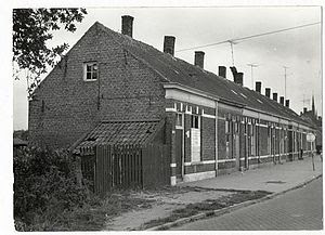 Photo: 1960 Heilaarstraat  De Tien Geboden...